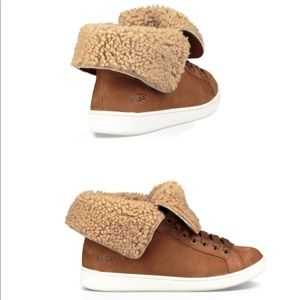 UGG Australia Starlyn Cuffed Sneaker / Chestnut /